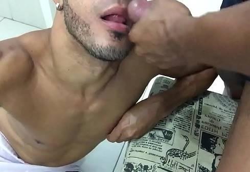 Gozando na boca