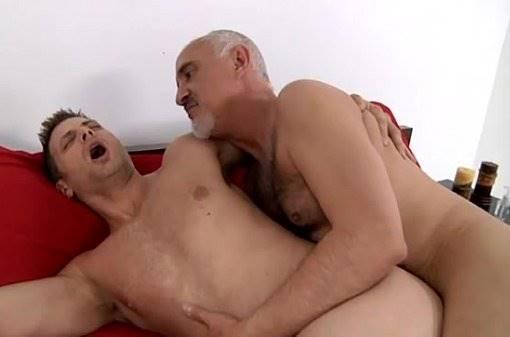 Gay velho